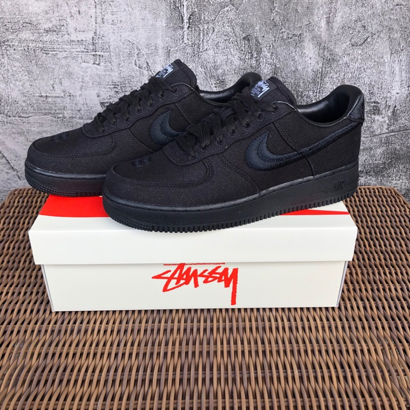 Nike Air Force 1 X Stussy Low Triple Black