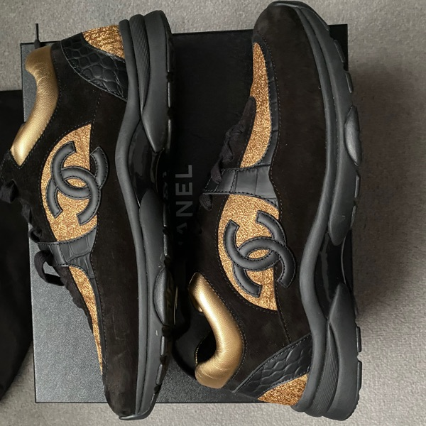 Chanel Low Top Trainer Cc Gold