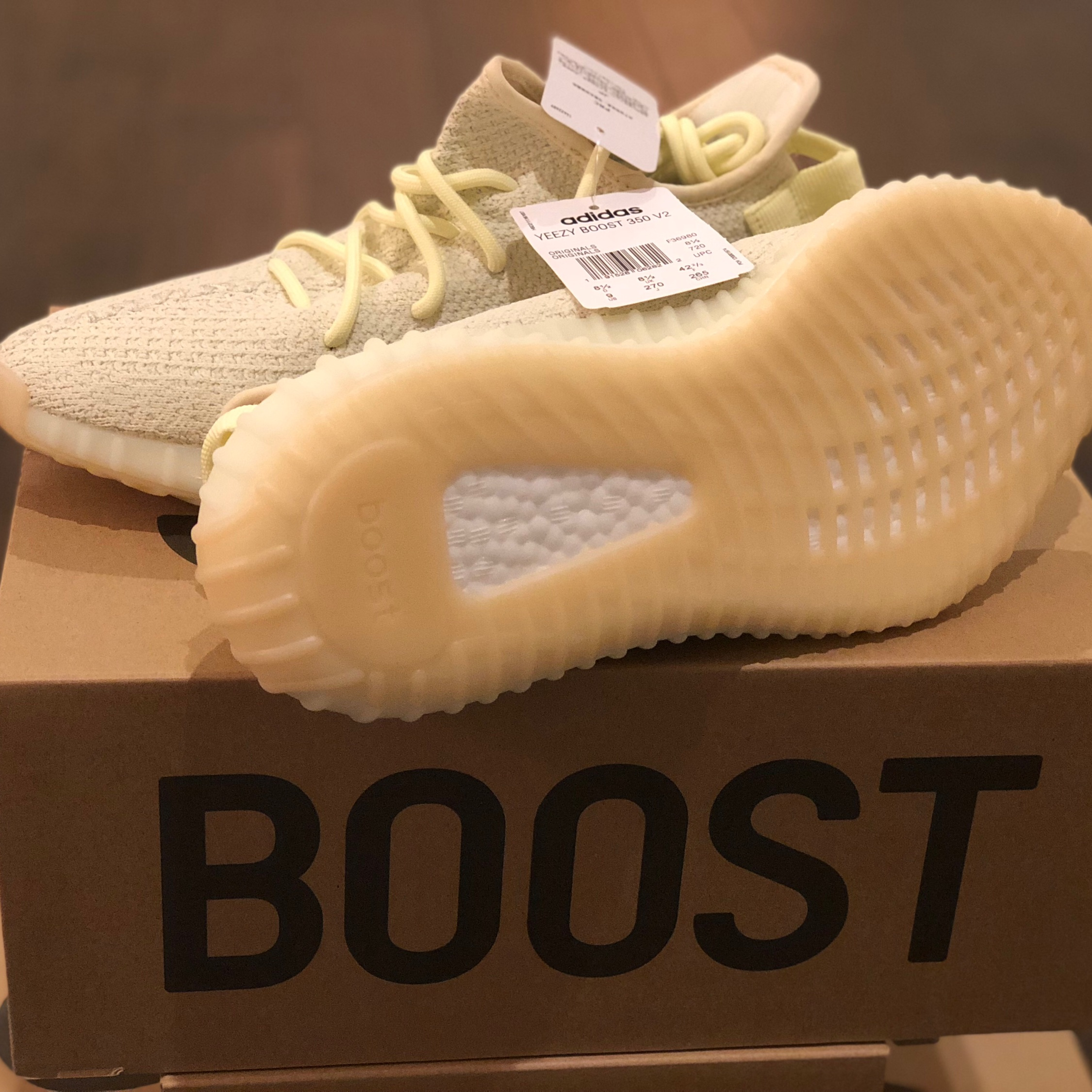 Yeezy Boost 350 V2 Butter - Size 9