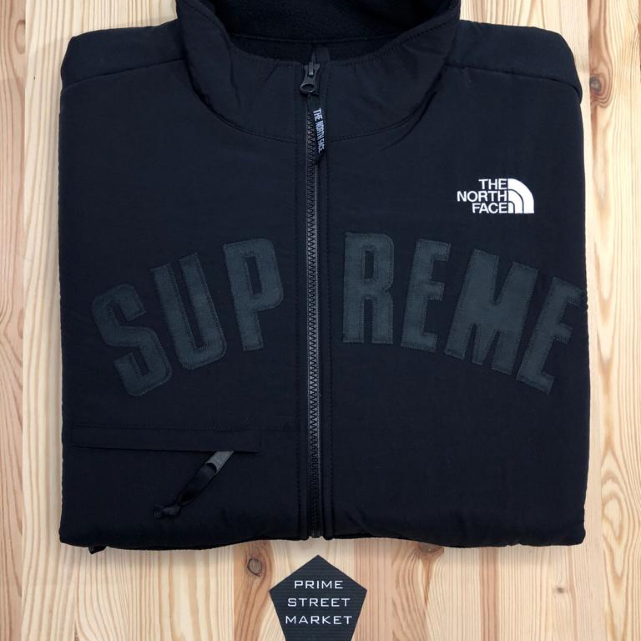 300796238 Supreme / The North Face Fleece Ds - M
