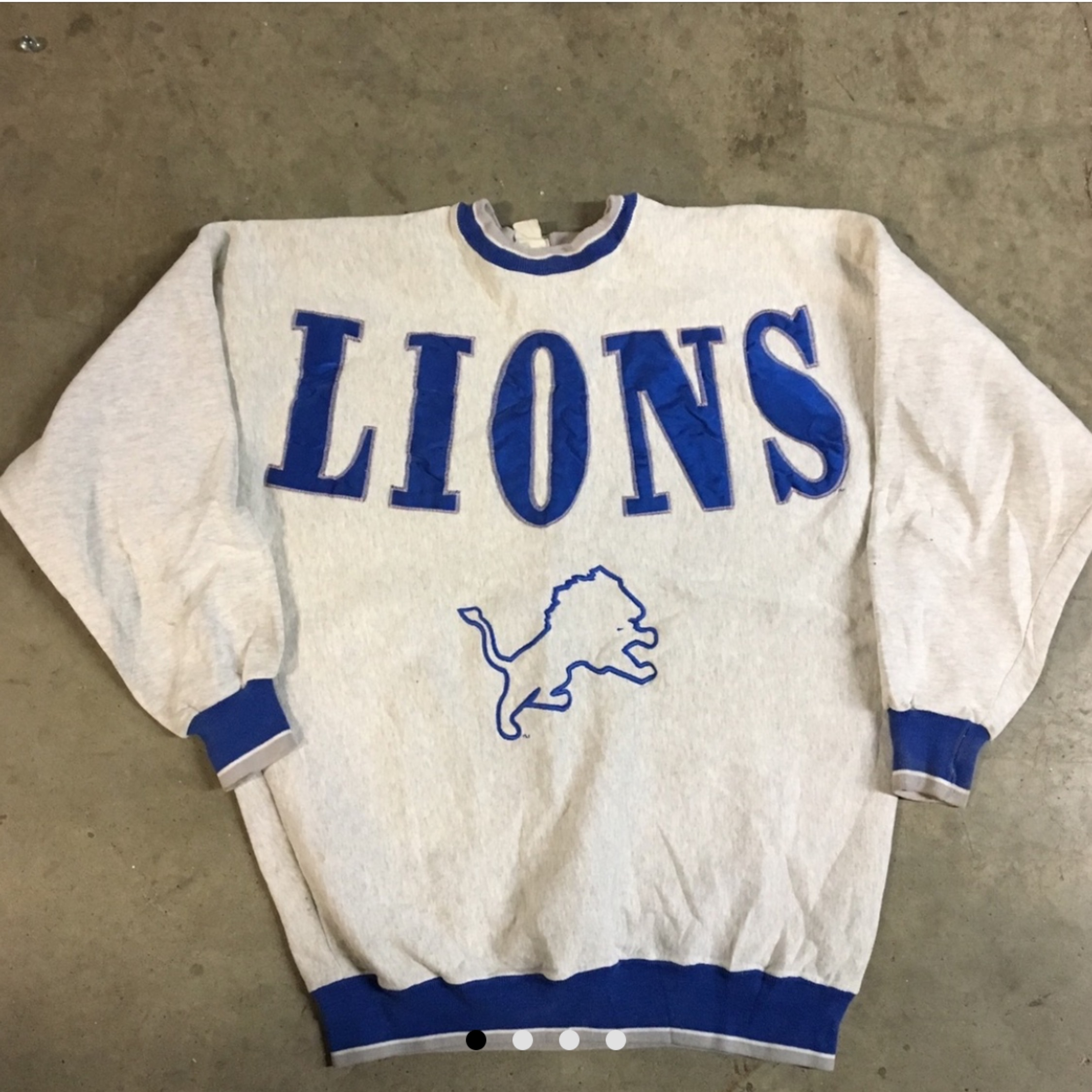 new style 72b93 dedd9 Vintage Detroit Lions Nfl Embroidered Sweatshirt