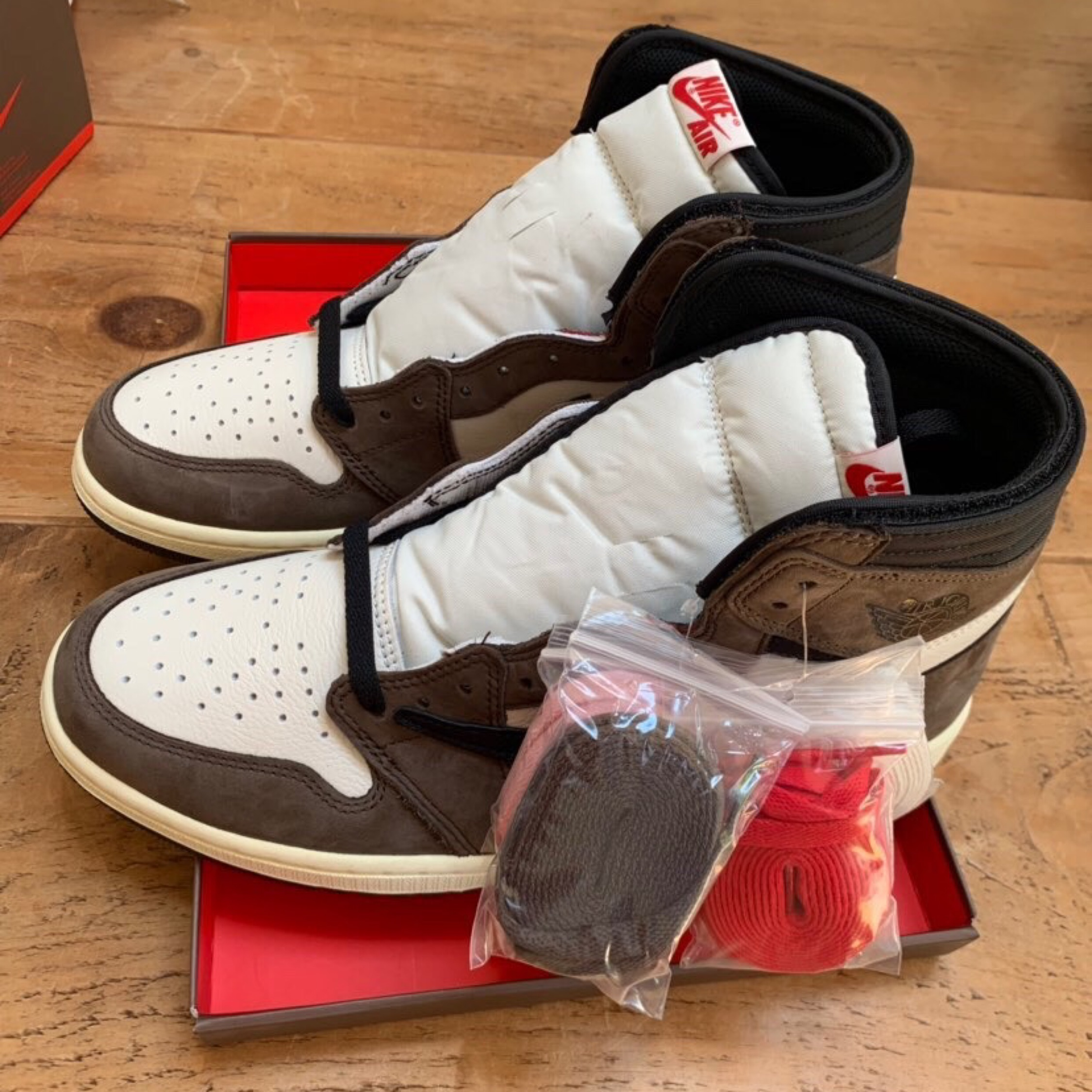 online store 16629 e97ca Travis Scott Jordan 1 High Ds Uk 10 Us 11