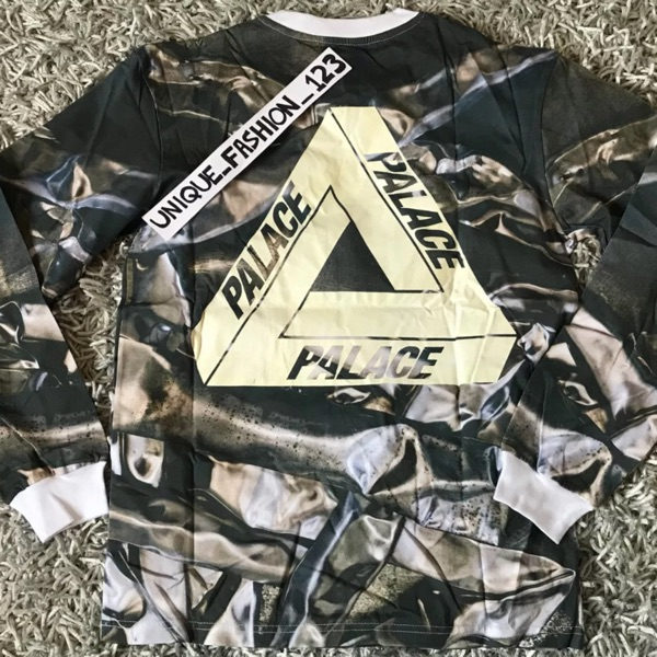 Palace Bends All Over Curtains Ls Tee