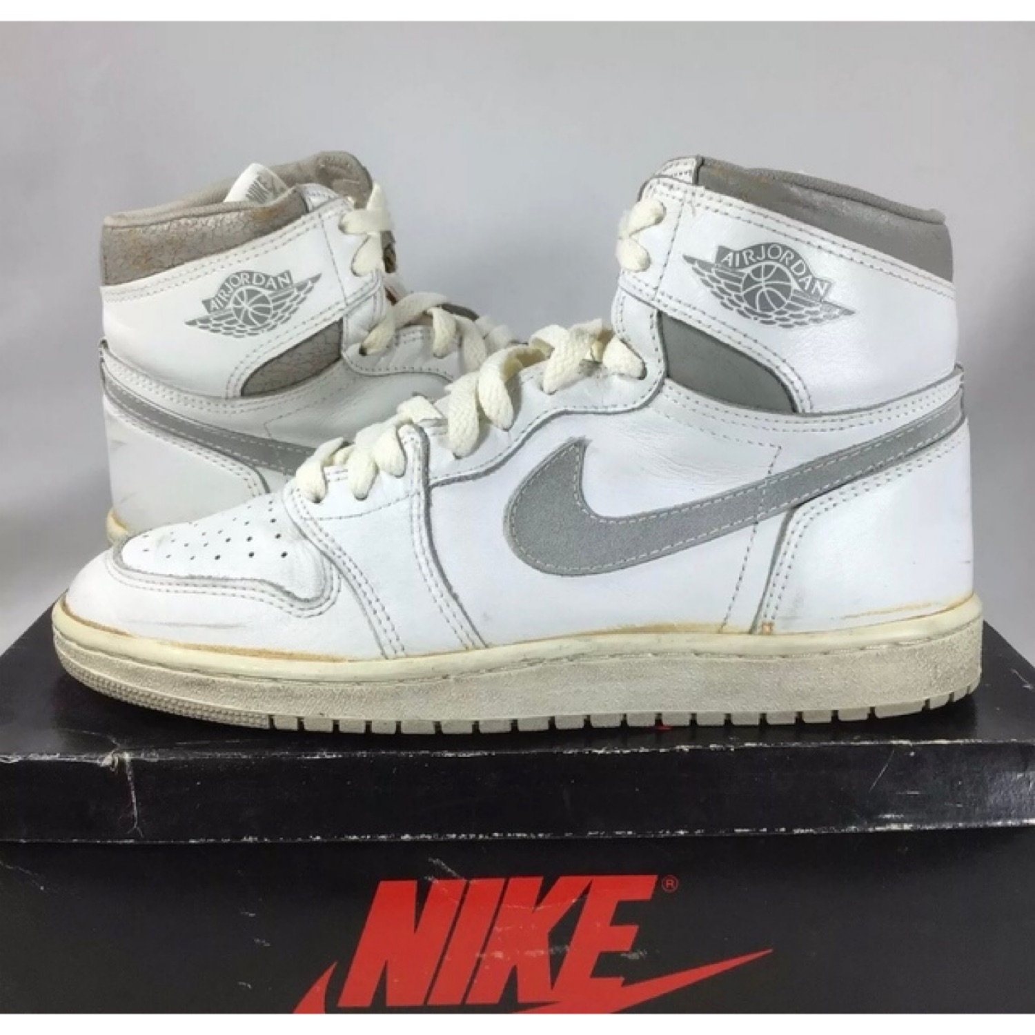 finest selection b88a1 6318e Nike Air Jordan 1 Og 1985 Neutral Grey