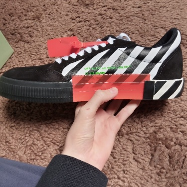 OFF-WHITE Vulcanized low black and white