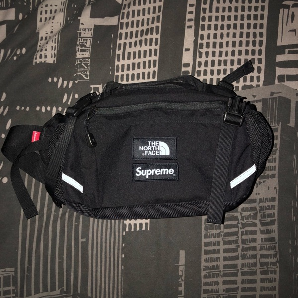 Supreme X The North Face Expedition Wait Bag Black