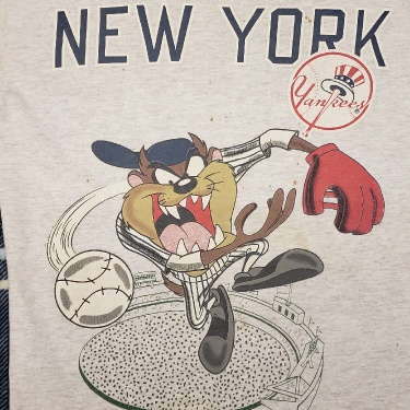 New York Yankees x Looney Tunes Tazmanian devil