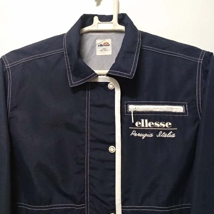 ELLESSE Ladies Jacket/Sweatshirt, Beautiful Design Wear Zipper