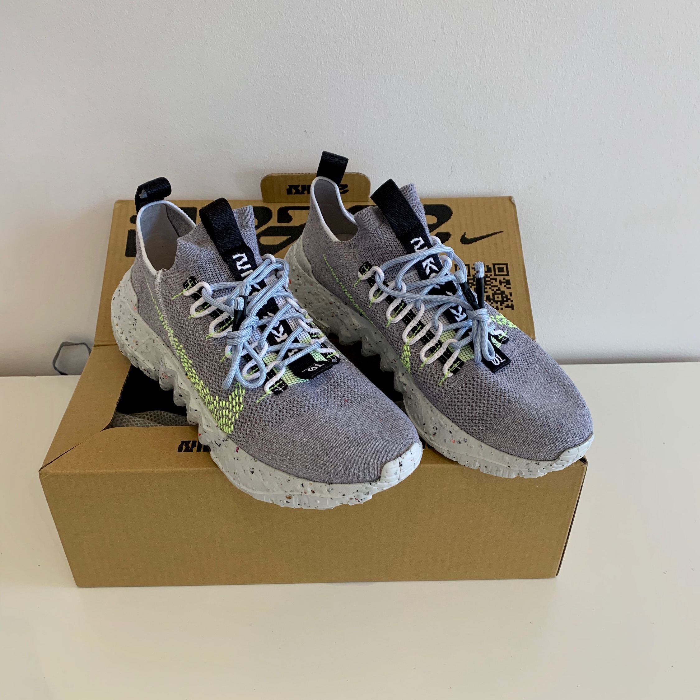 Nike Space Hippie 03 Grey Volt