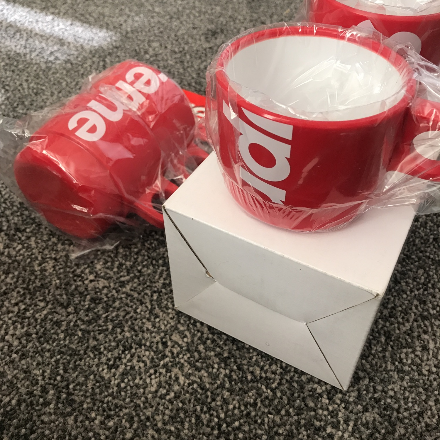 Supreme Stacking Cups - Ds In Box With Receipt