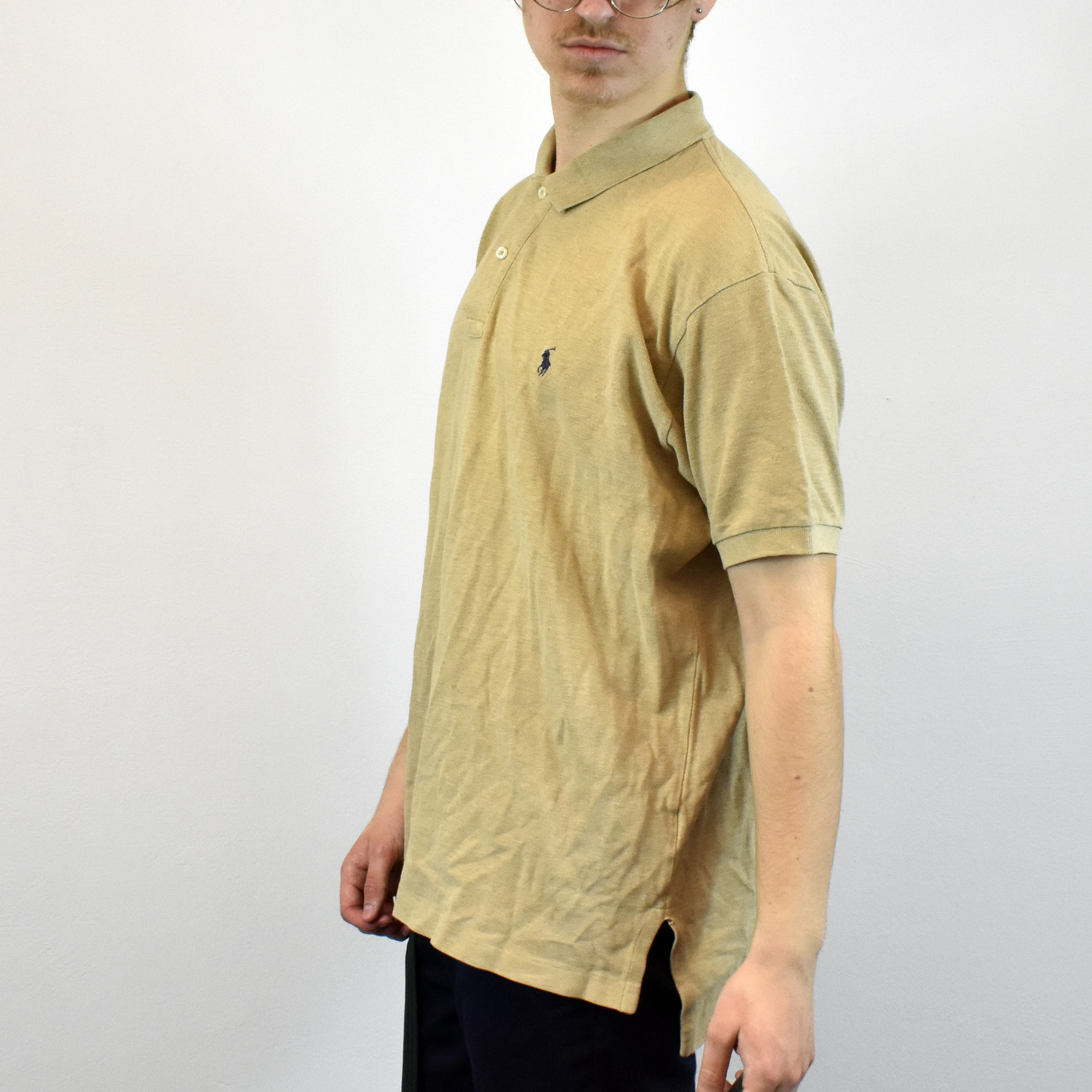 Unisex Vintage Ralph Lauren polo shirt in beige has a logo on the front size L