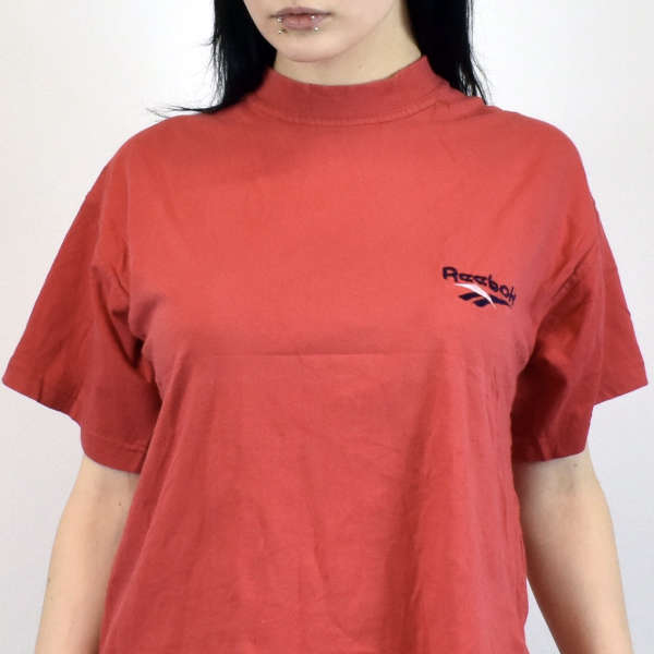Vintage Reebok t-shirt top blouse tee in red