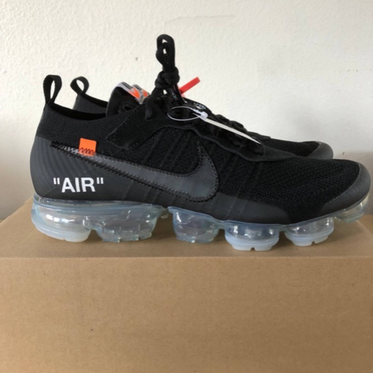 new style 35f9f dec75 Nike Off-White Black Vapormaxes