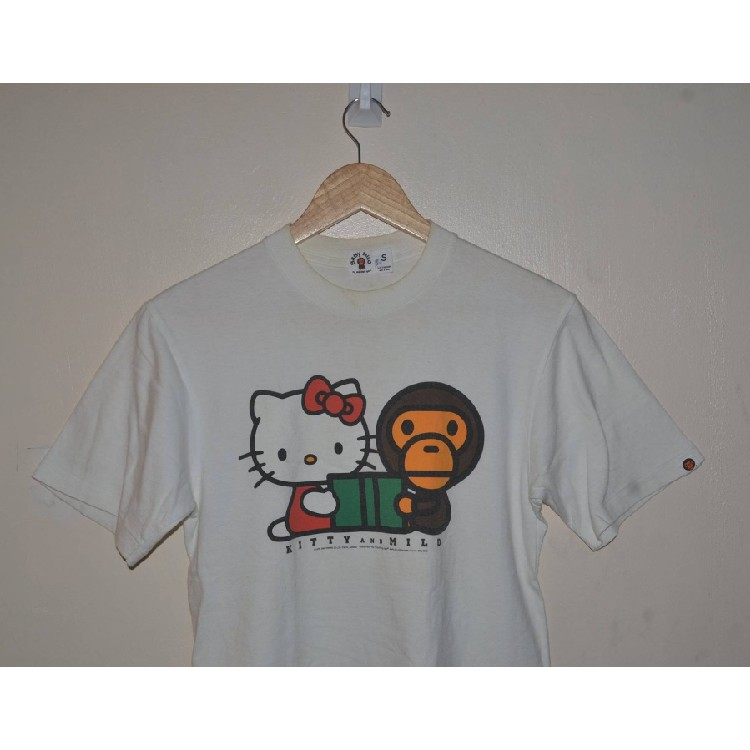 13370d53 BAPE A Bathing Ape Baby Milo Hello Kitty sanrio shirt Size: US S / EU 44-46  / 1
