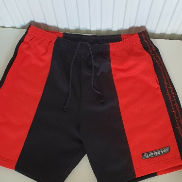 SS19 Supreme Barbed Wire Athletic short size L large shorts