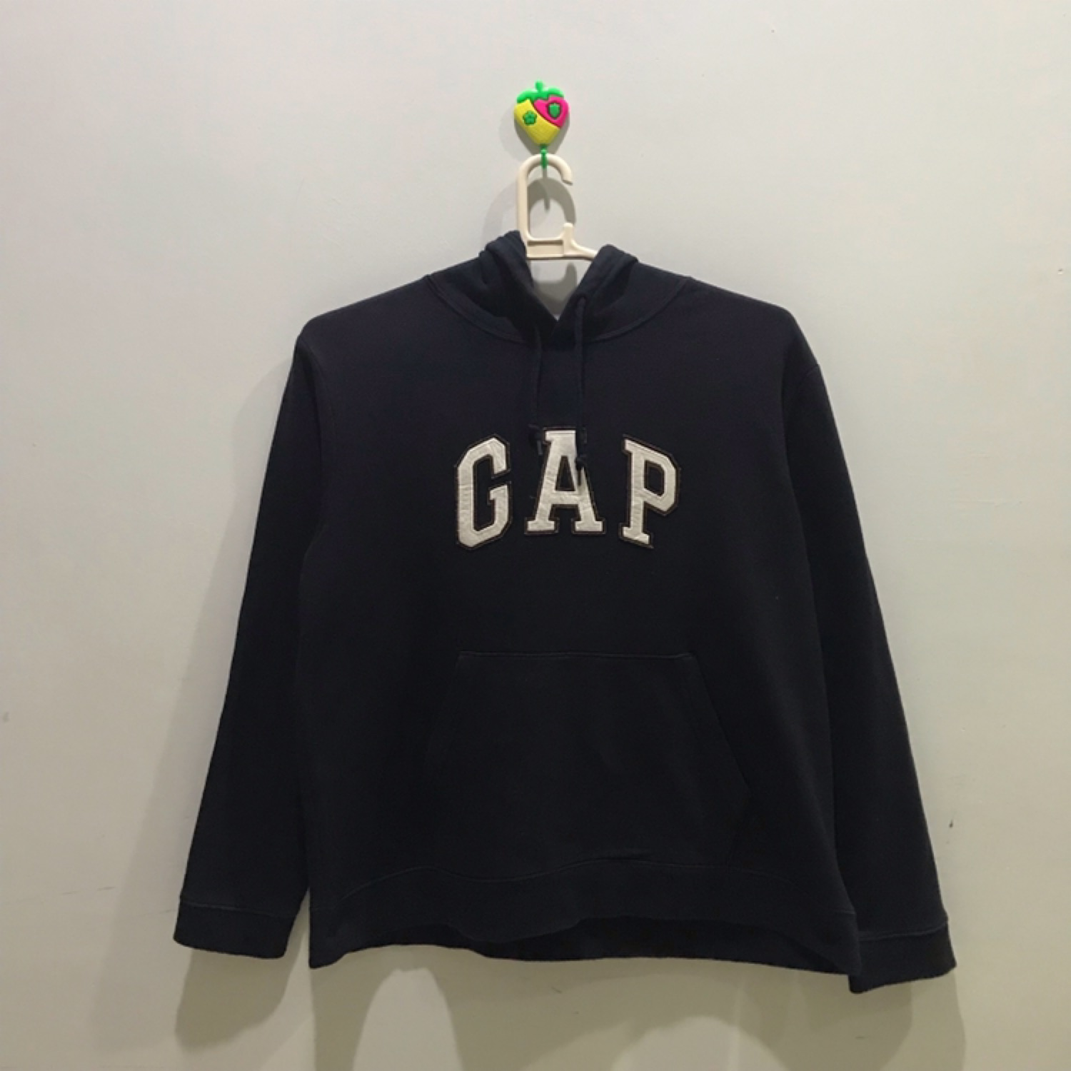 107cf2cd86ce Gap Hoodie Big Spellout Size Xl