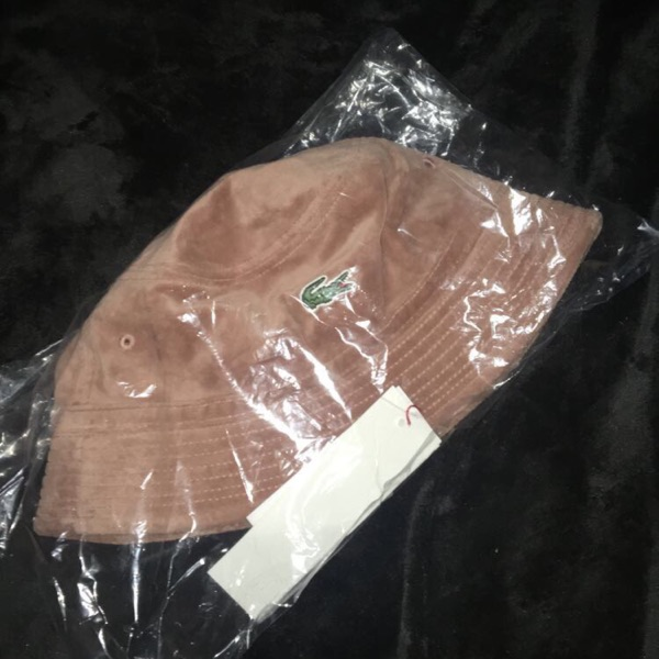 Supreme X Lacoste Bucket Hat !!Want Gone!!