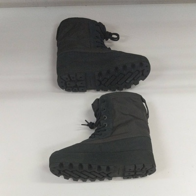 adidas Yeezy Boost 950 Pirate Black