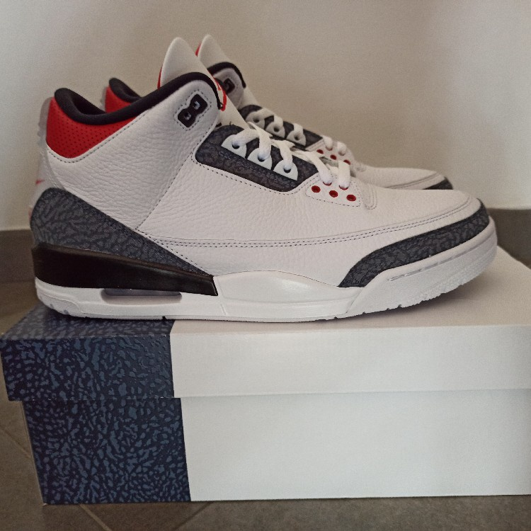 "Jordan 3 SE Denim ""Fire Red"""