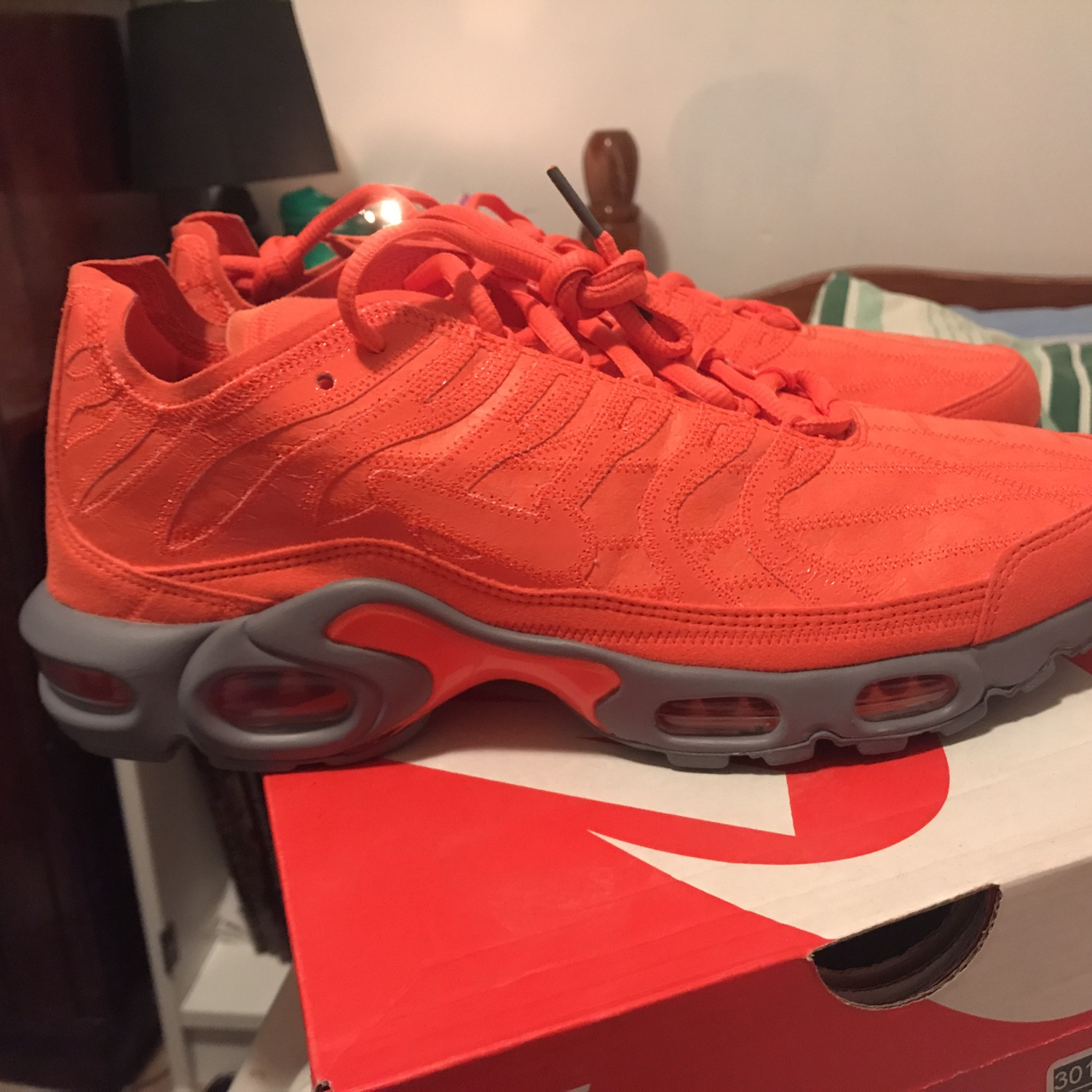 Air Max Plus Decon Orange