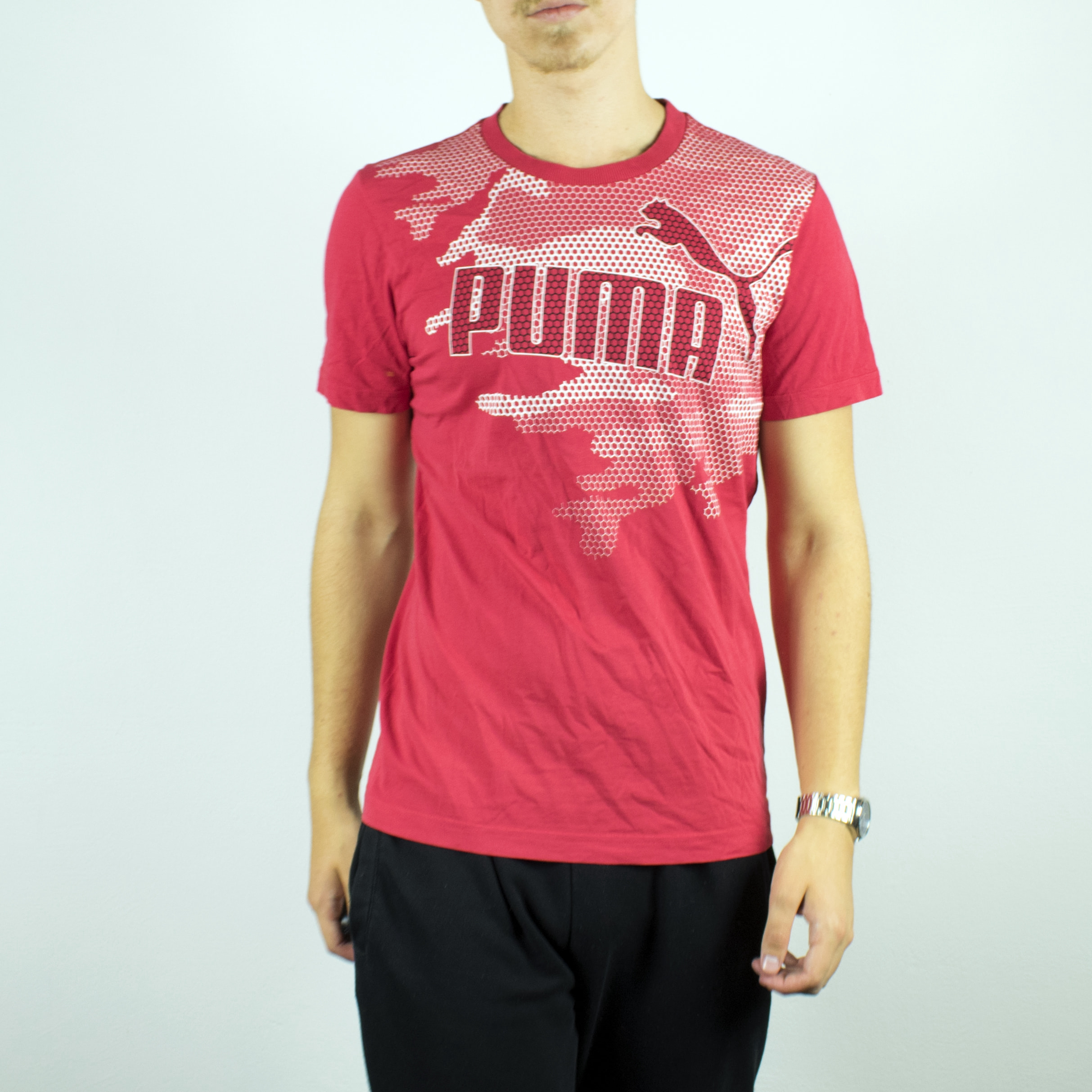 Unisex Puma t-shirt in pink has a big spellout on the front size S/M