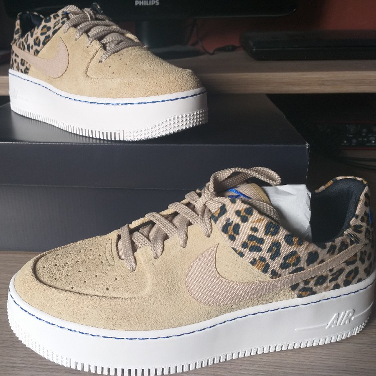 BRAND NEW Nike Air Force 1 Low Wmns 'Animal Pack' Size 8.5