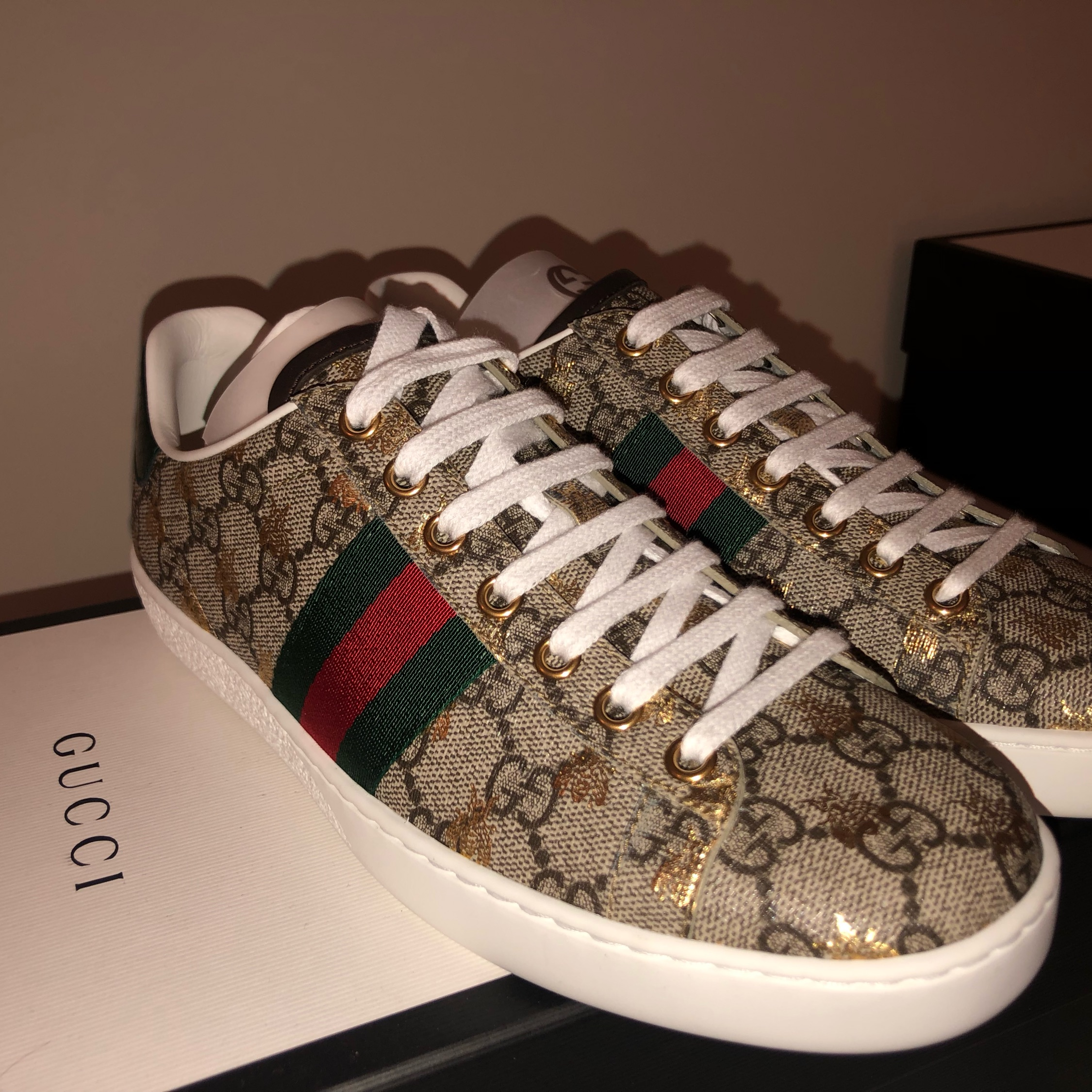 Gucci Ace Bee Sneakers - Size Gucci W37