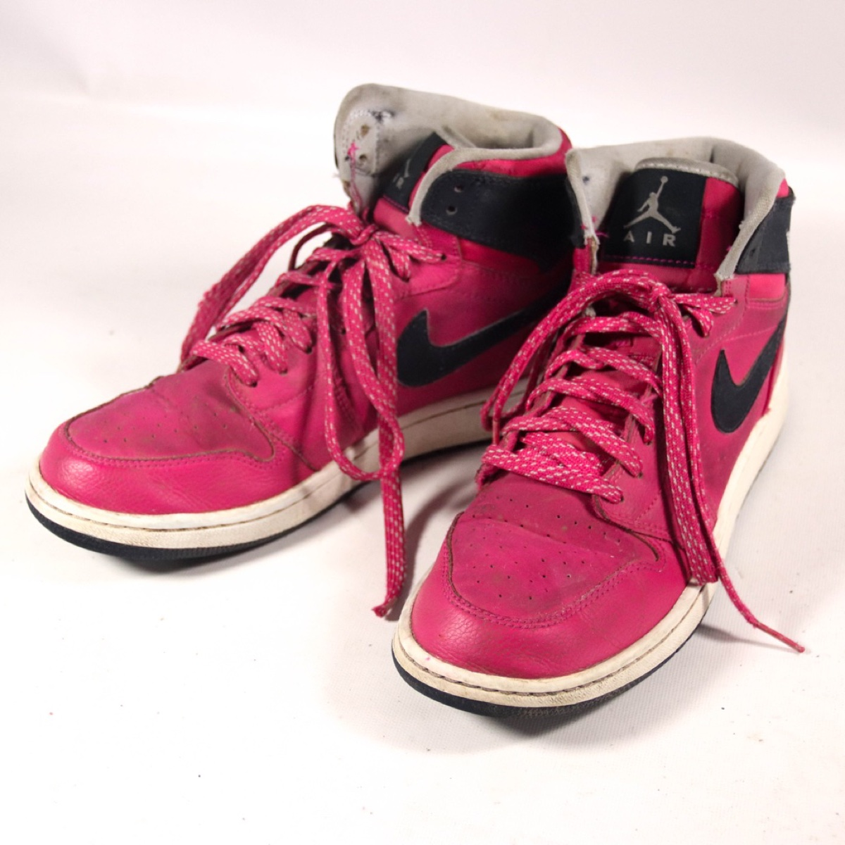 Nike Air Jordan 1 Retro High Top Size 6.5 Youth Pink Sneakers Trainers Shoes (332148-609)