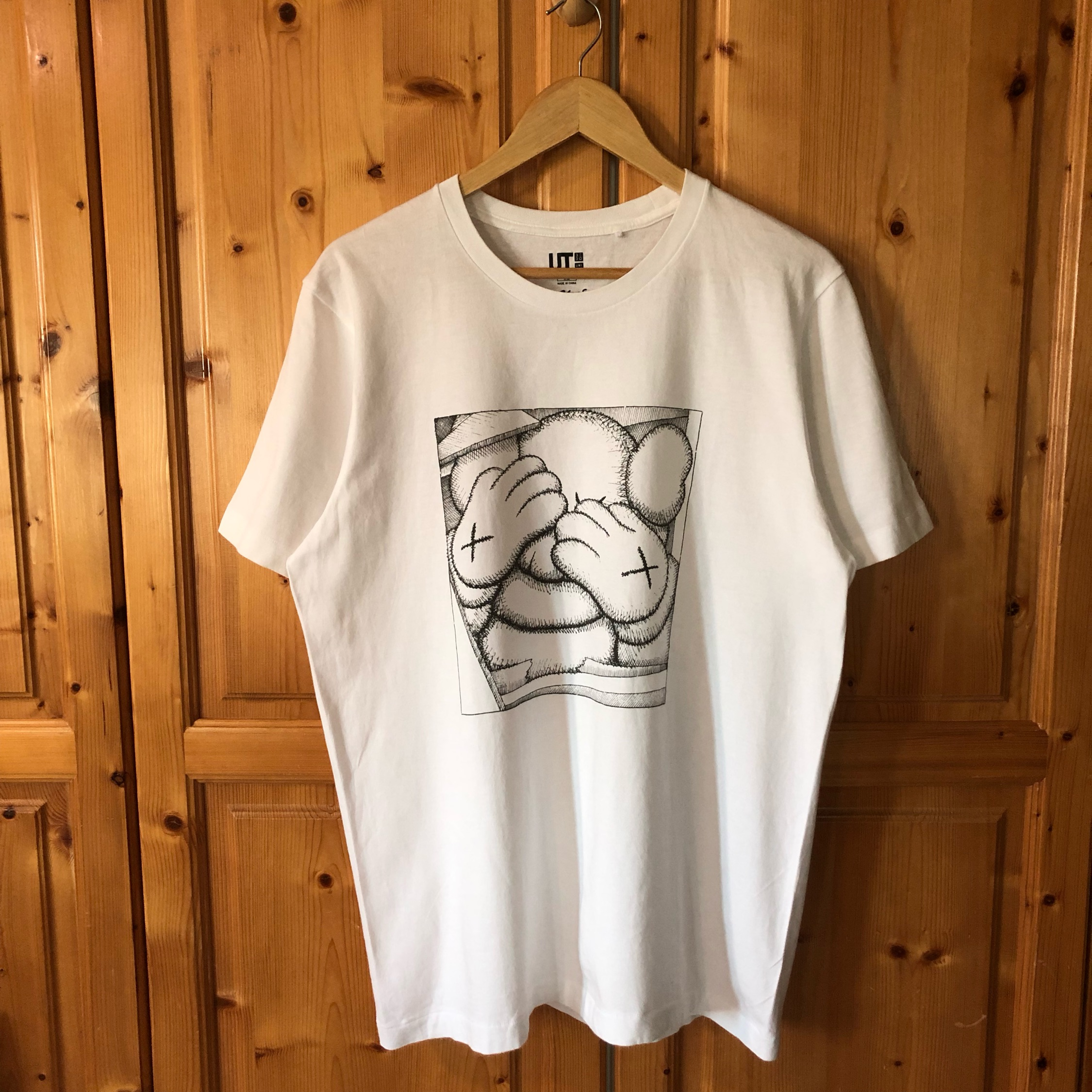 Uniqlo Kaws Hands Tee