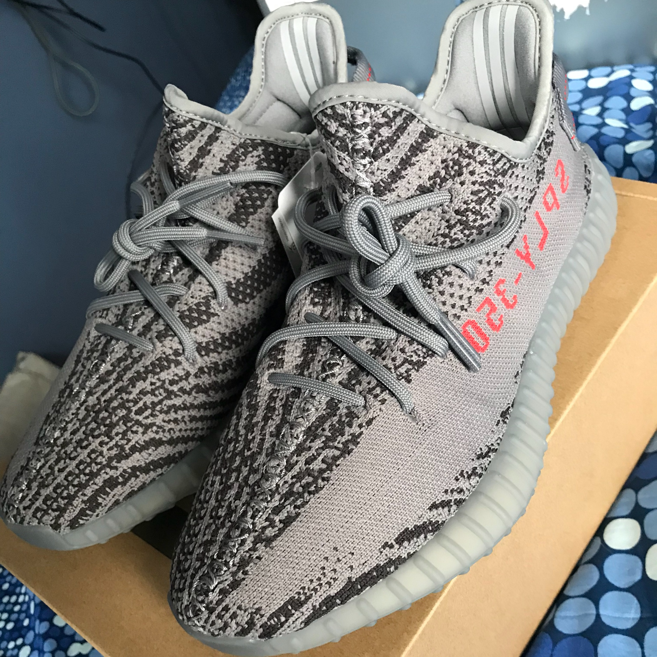 online store 8bd6b bb68c Yeezy Boost 350 V2 Beluga 2.0 Size 4