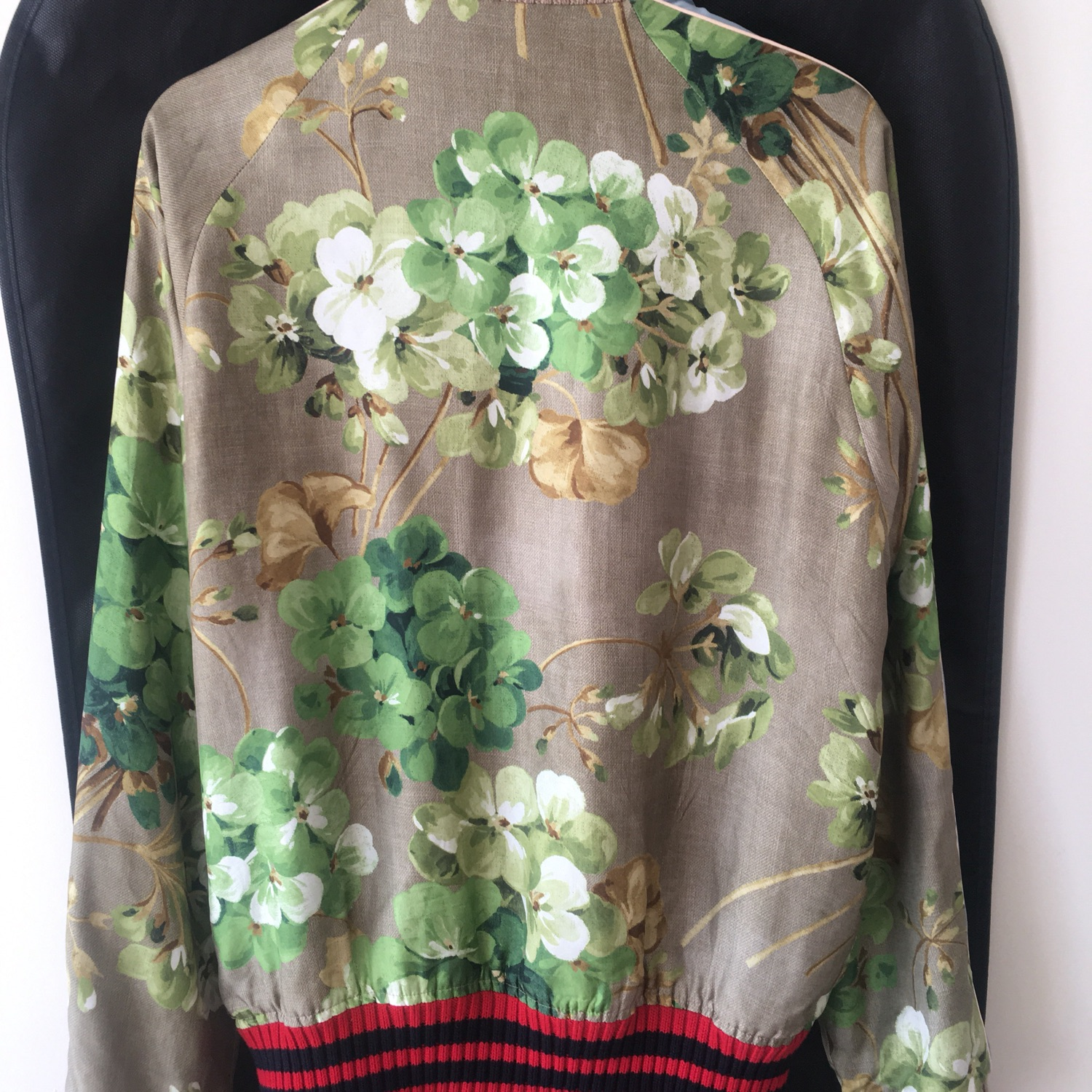 ff964606 Gucci Blooms Reversible Silk Bomber