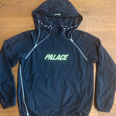 Palace G-Low Shell Top Black