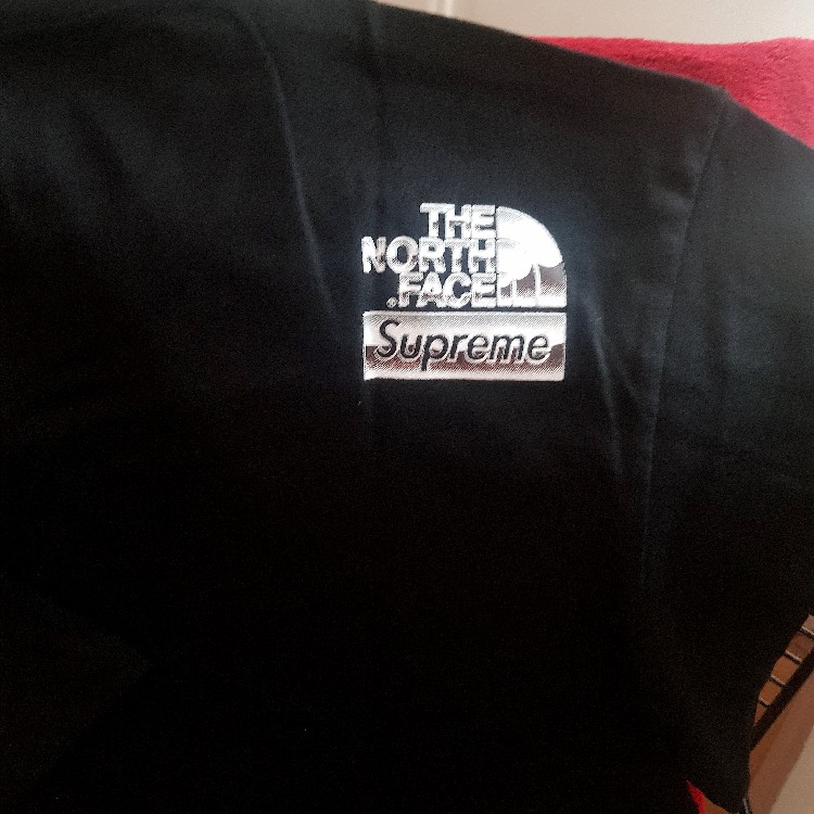 NEW SS18 Supreme X The North Face Black Chrome Metallic Tee SIZE S