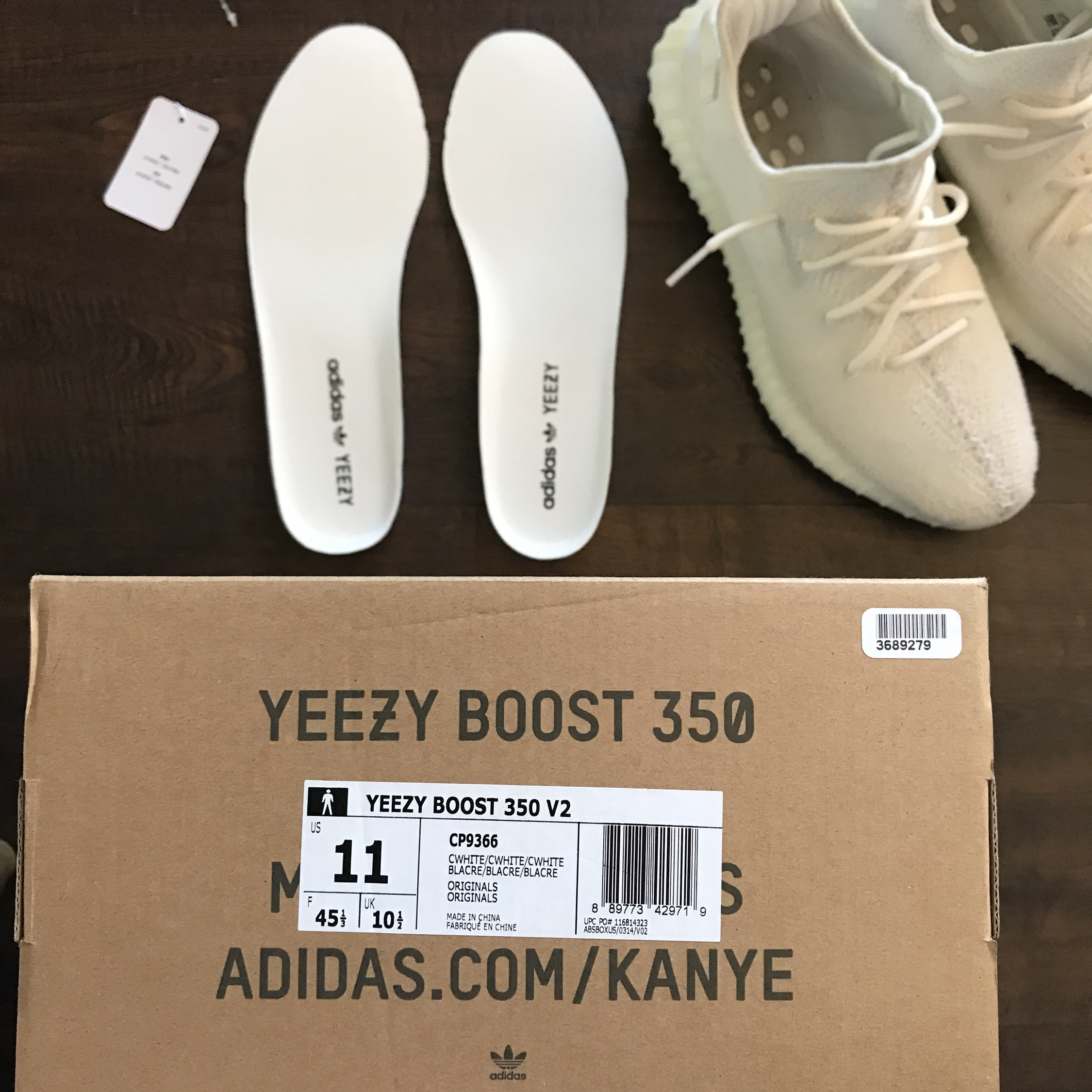 4042ac99a Yeezy Boost 350 V2 Cream Size 11–Used