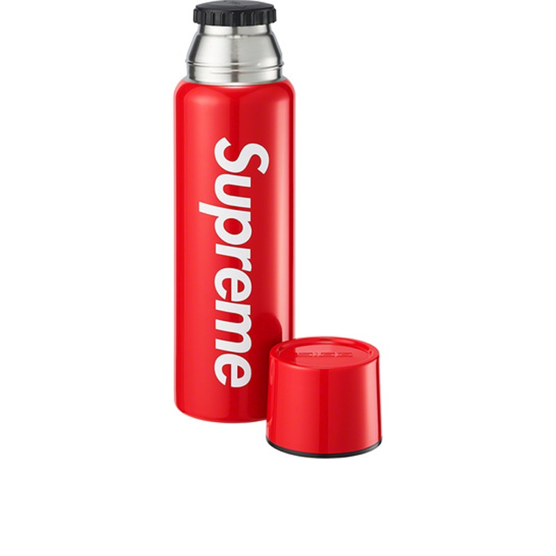 Supreme SIGG Vacuum Insulated 0.75L Bottle Red