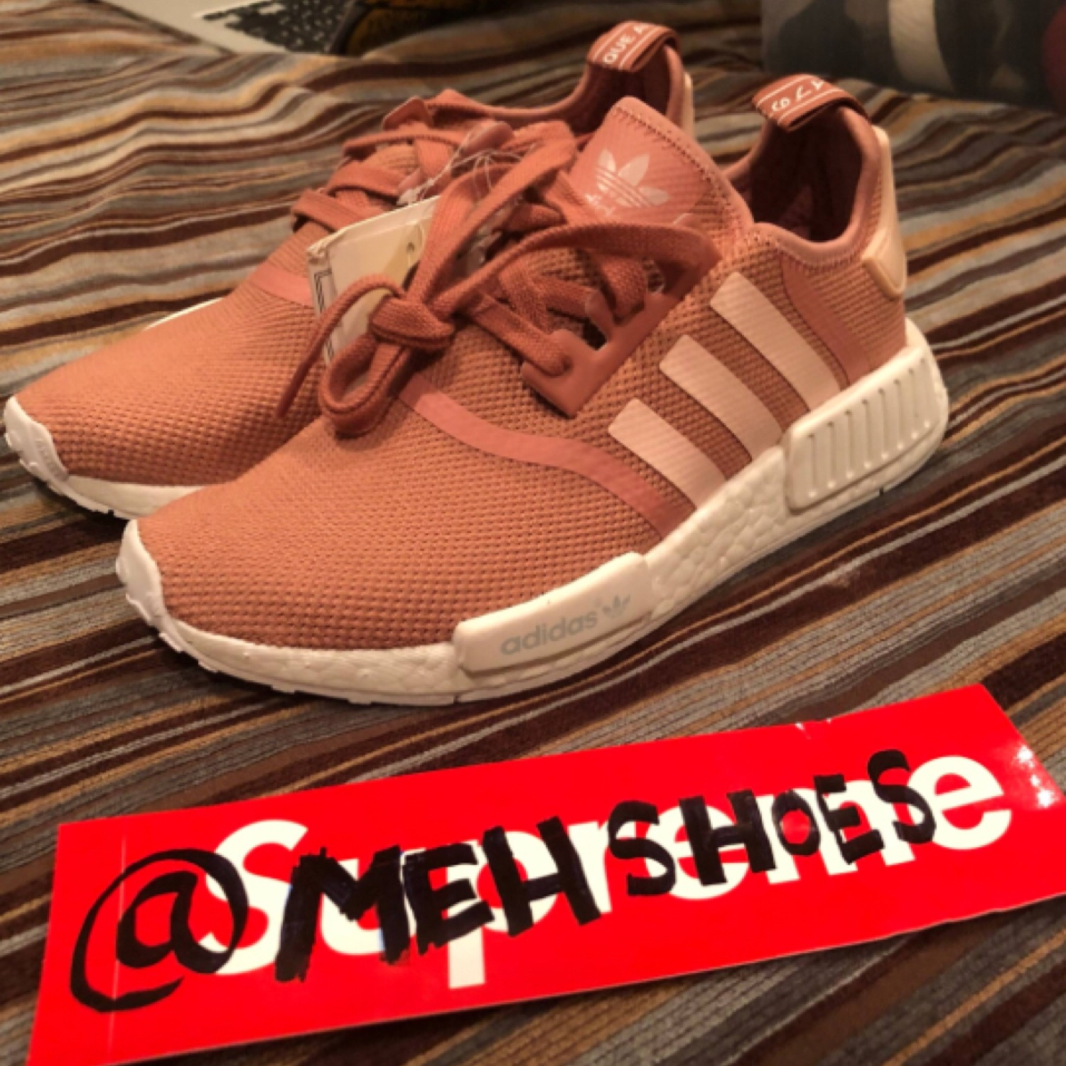 low priced 32d43 5d259 Adidas Wmns Nmd R1 Raw Pink Sample-Rare