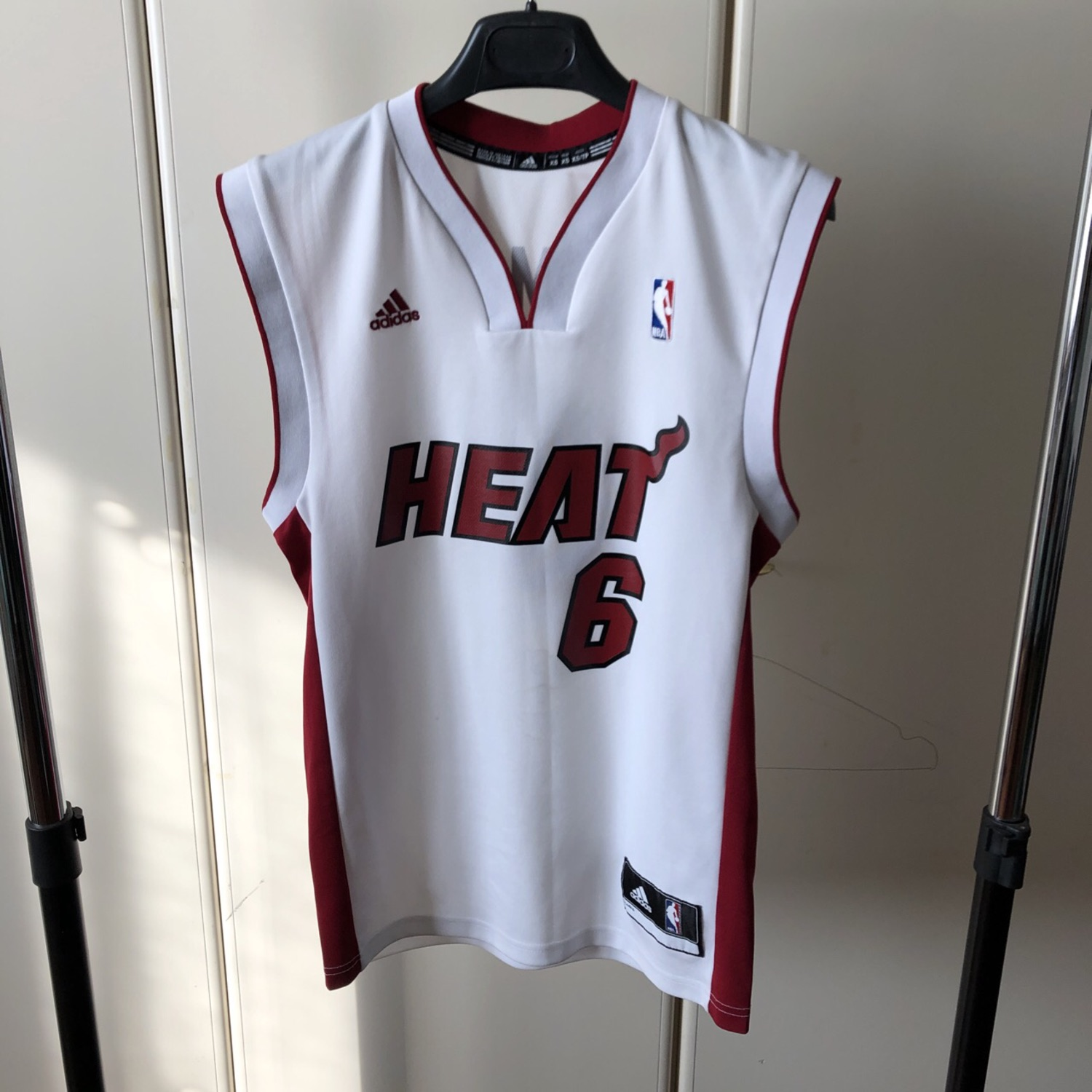 separation shoes 49833 e53ad Miami Heat Jersey Lebron James