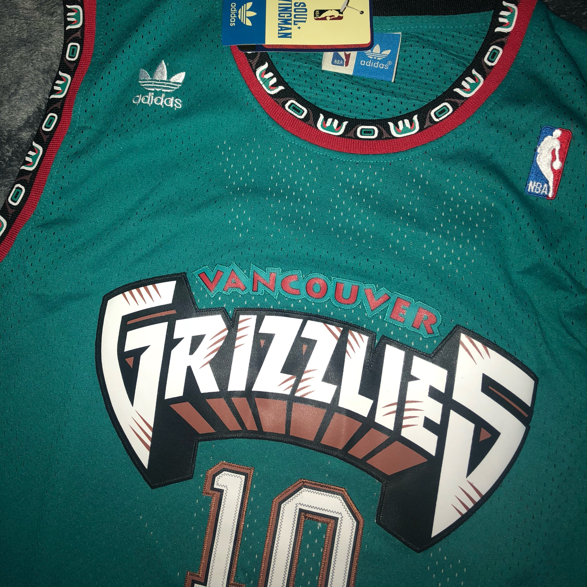 fecf7dca3221 Mike Bibby Throwback Hardwood Classic Grizz Jersey