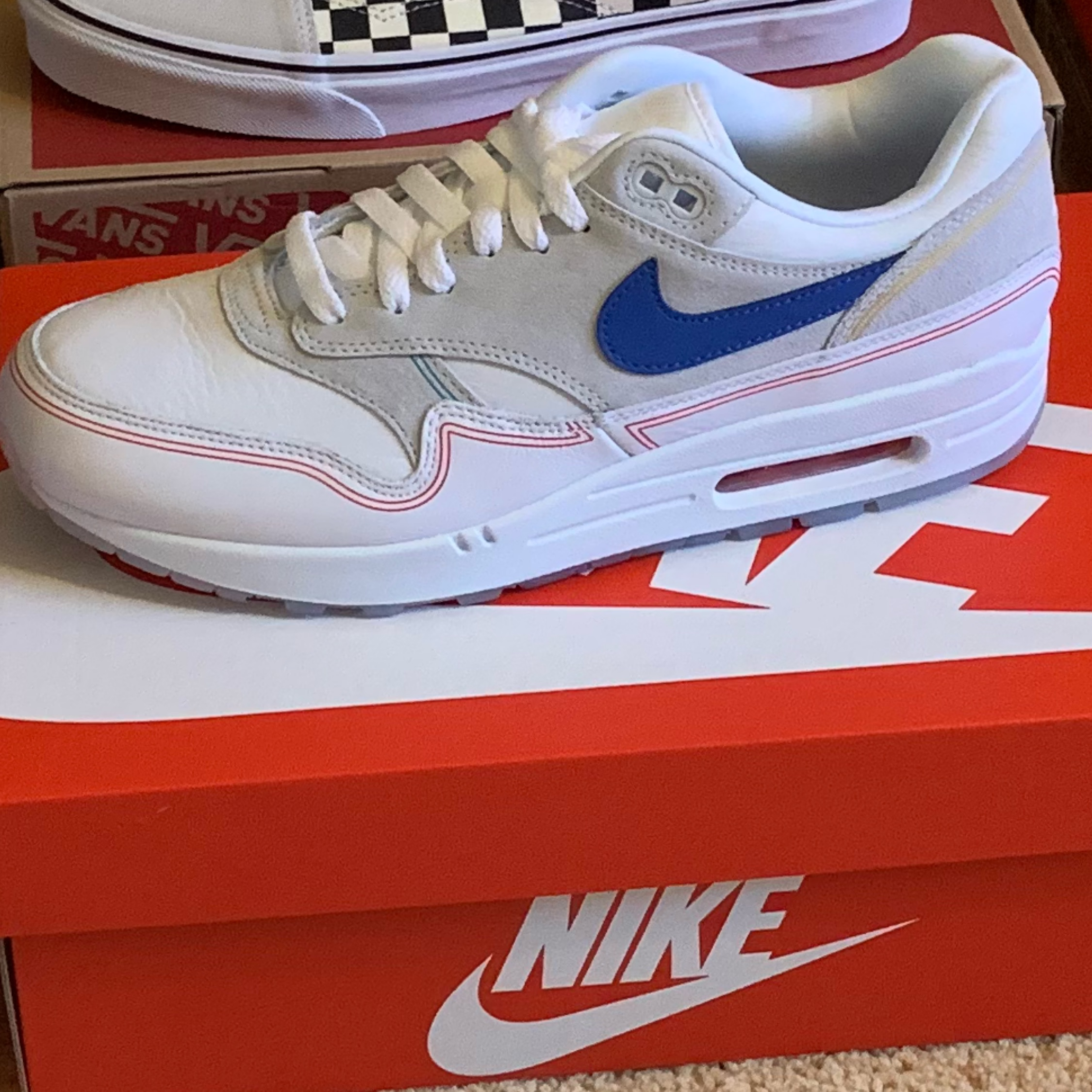 Nike Air Max 1 We Day Pompidou D/S