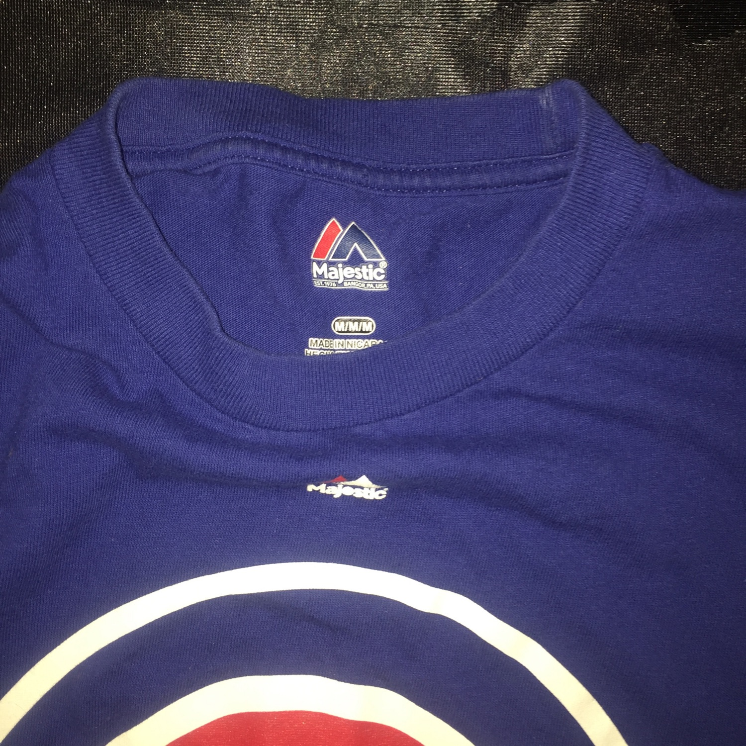 info for f0516 64a33 Majestic Chicago Cubs T-Shirt