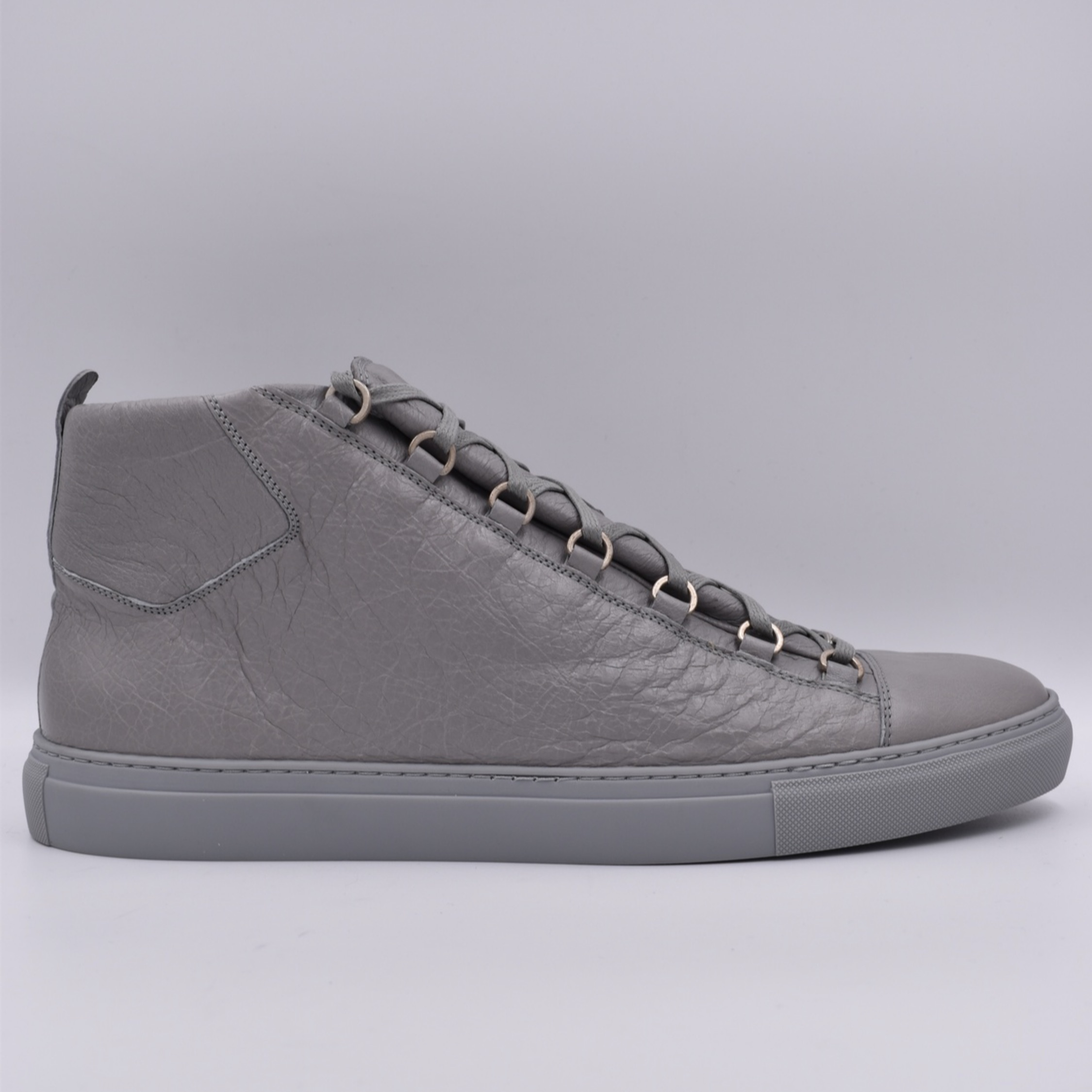 Arena Grey Leather High Sneakers Balenciaga Gris D9IHE2