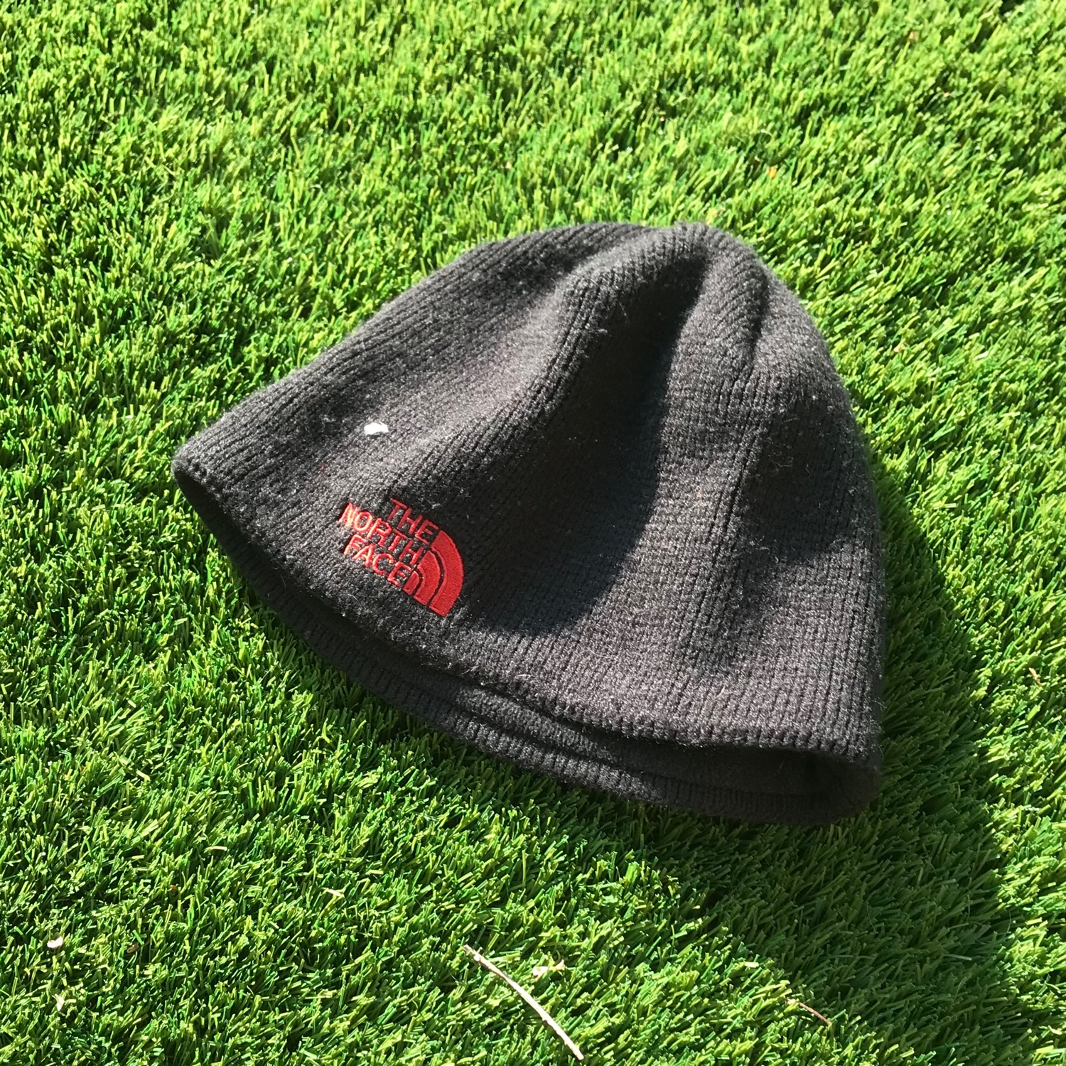 The North Face Beanie In Red And Black