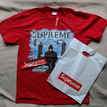 SUPREME Levitation Tee - Red