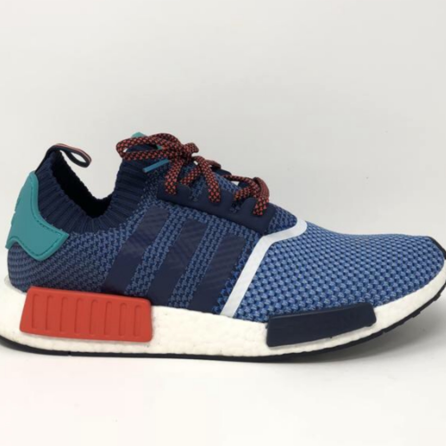 finest selection aa345 08cd2 Nmd R1 Pk Packer