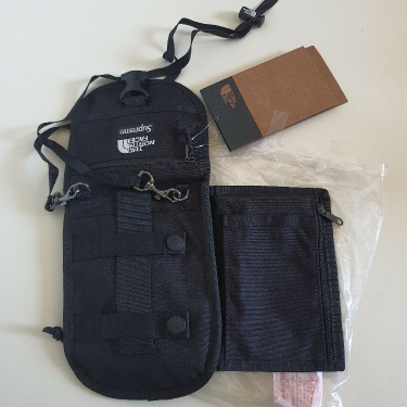SS20 Supreme x The North Face RTG utility pouch