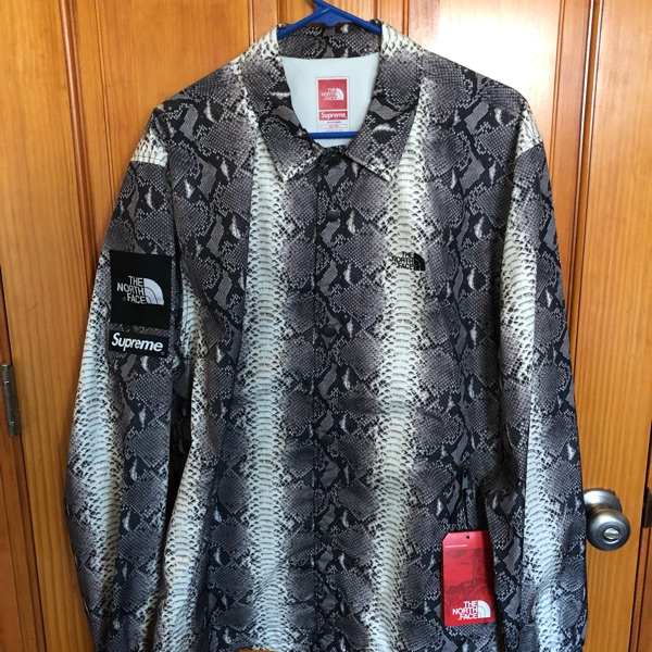Supreme X The North Face Snakeskin Coach Jacket