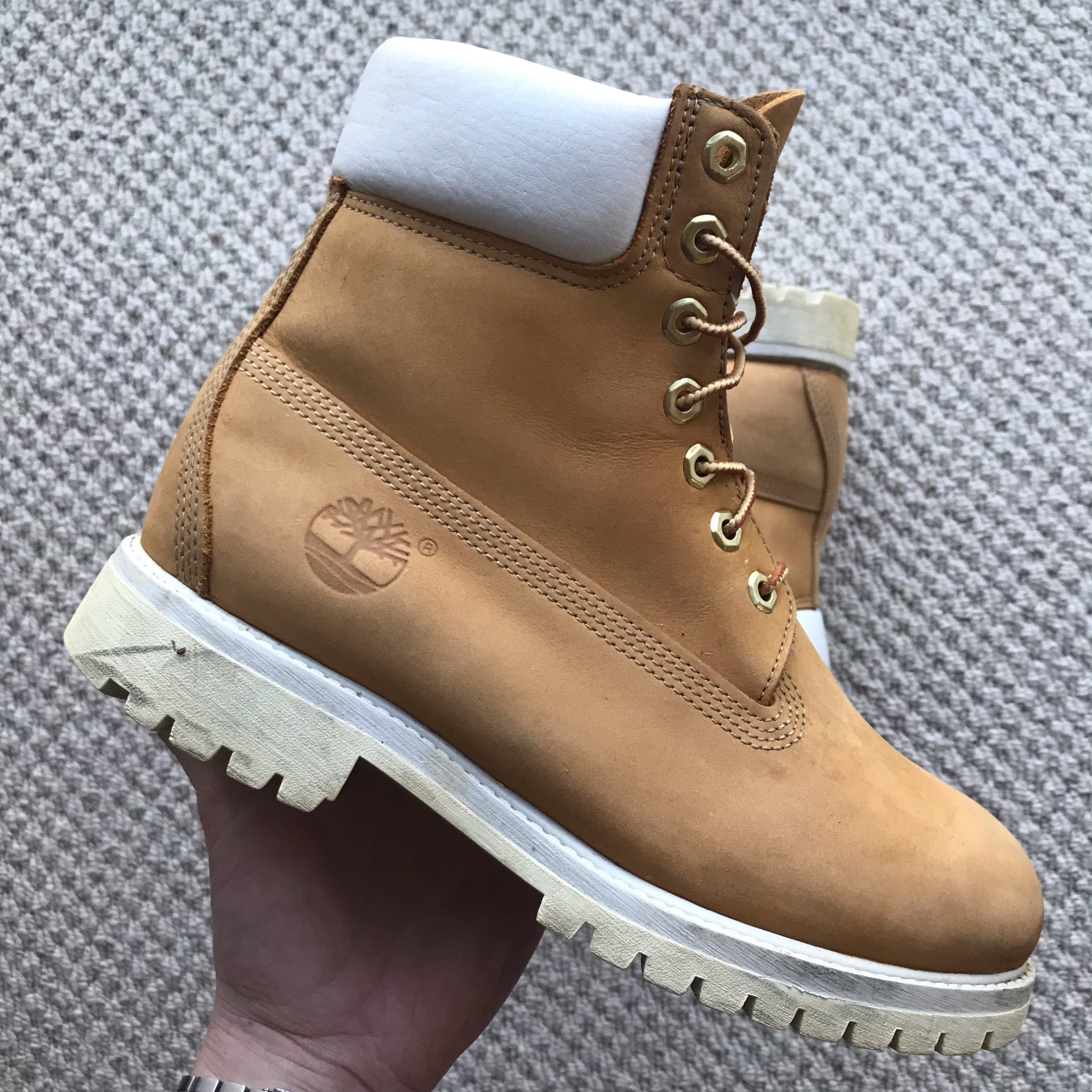 Timberland Wheat White Suede 6 Inch