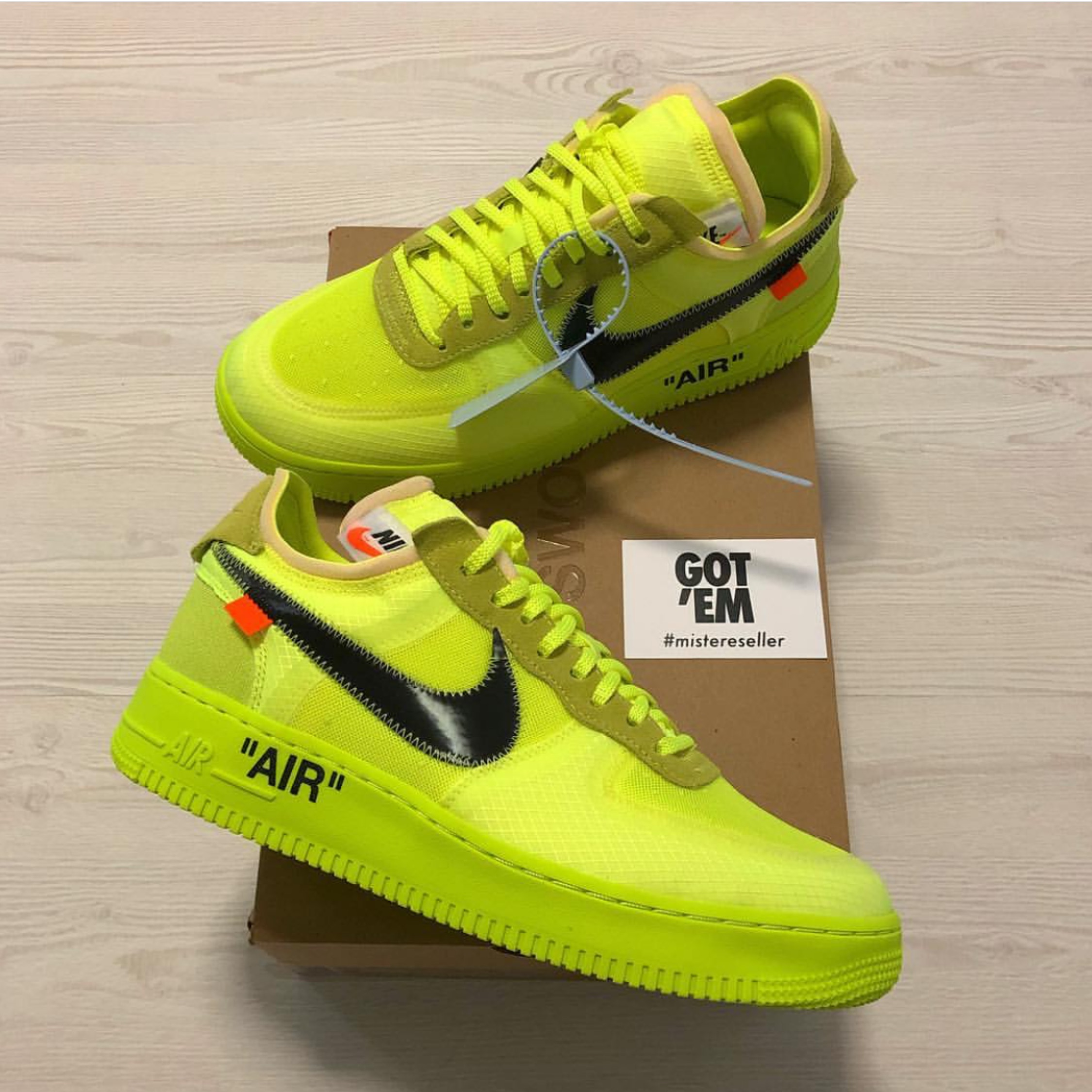 nike x off white air force 1 volt