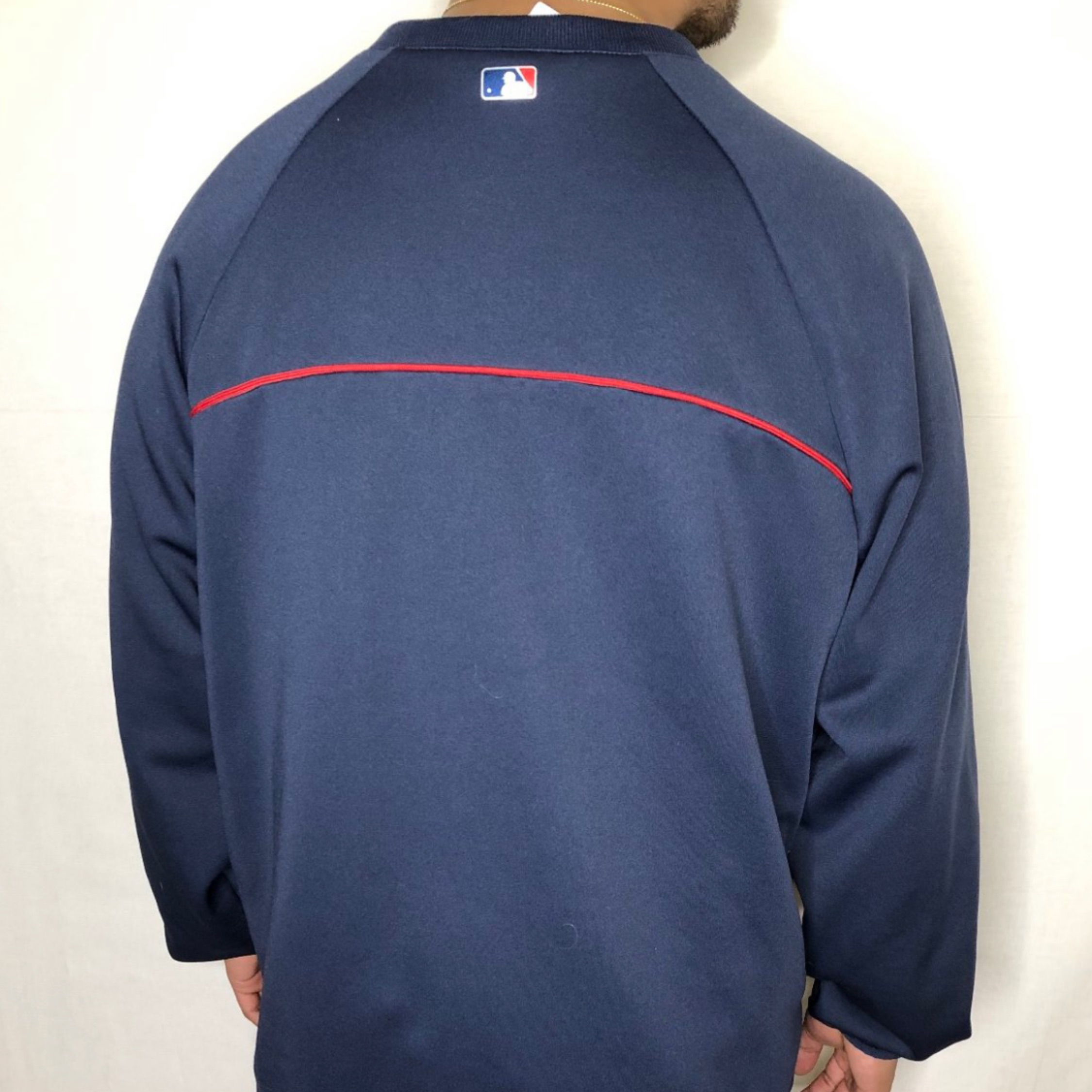 quality design 0f5b6 732ad Vintage Atlanta Braves Sweatshirt