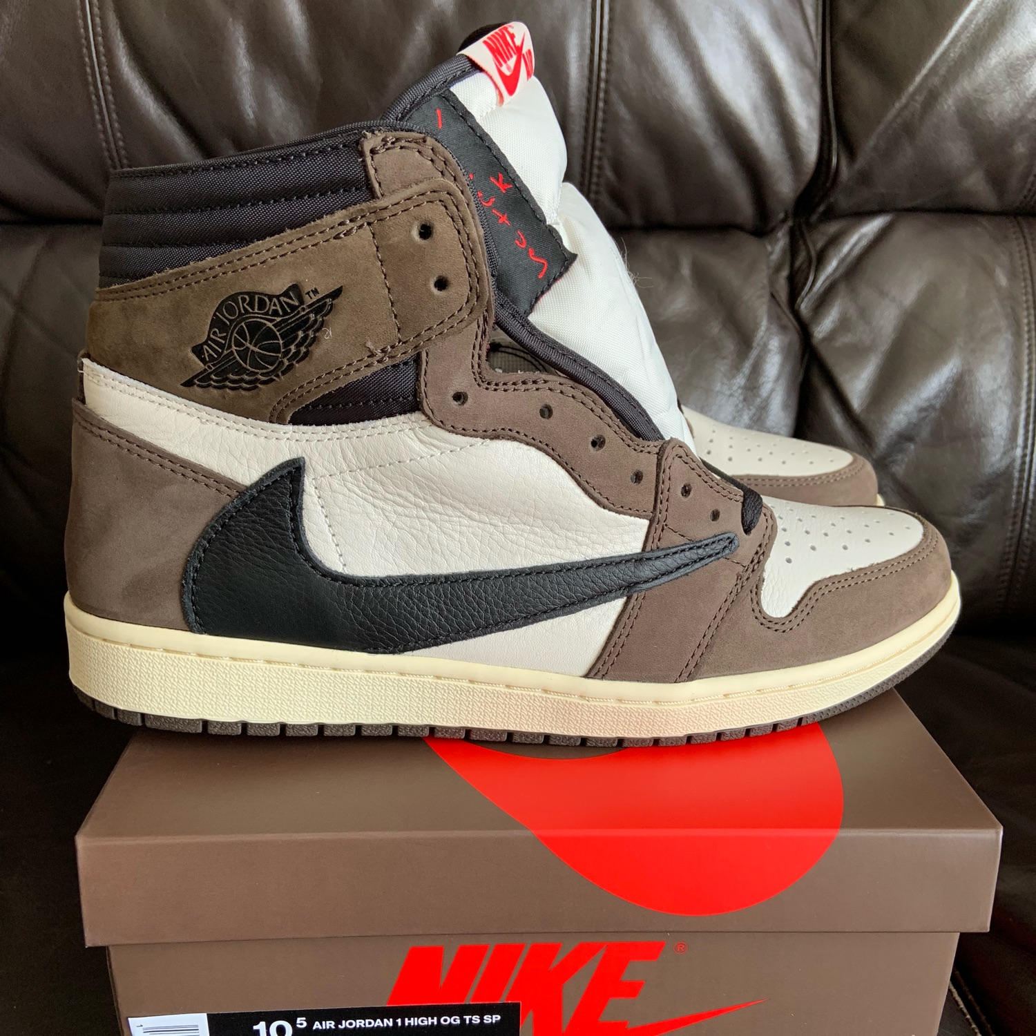 new concept bd0da da9d4 Nike Air Jordan 1 High Travis Scott Cactus Jack